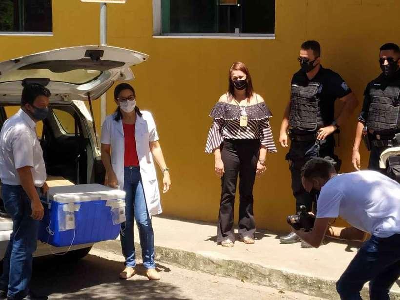 Sabará começa vacinação com evento fechado na UPA Padre Lázaro