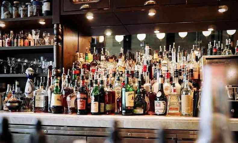 Sabará autoriza venda de bebidas alcoólicas em bares e restaurantes