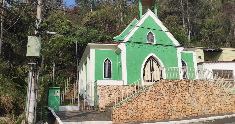 Capela Nossa Senhora Mãe Rainha - Sabará-MG